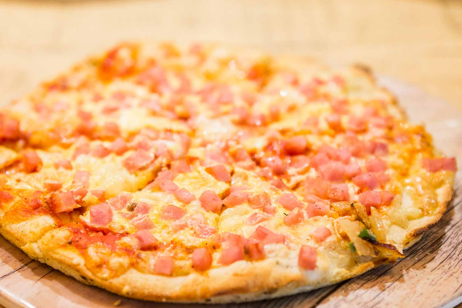 Tomato, cheese and ham