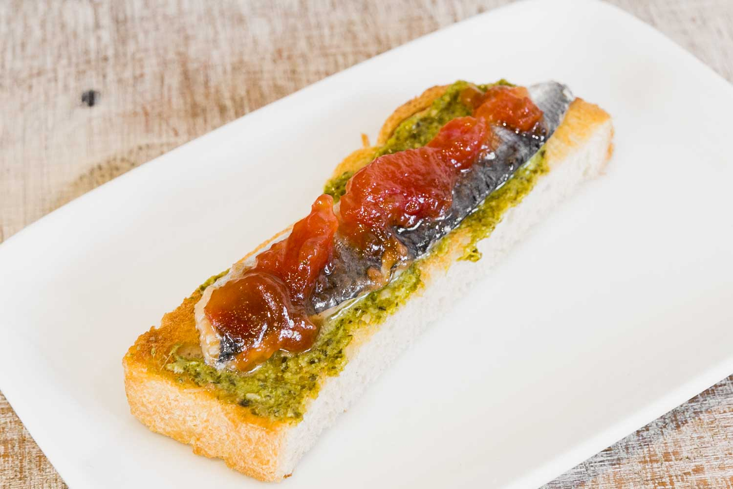 Bread with sardine