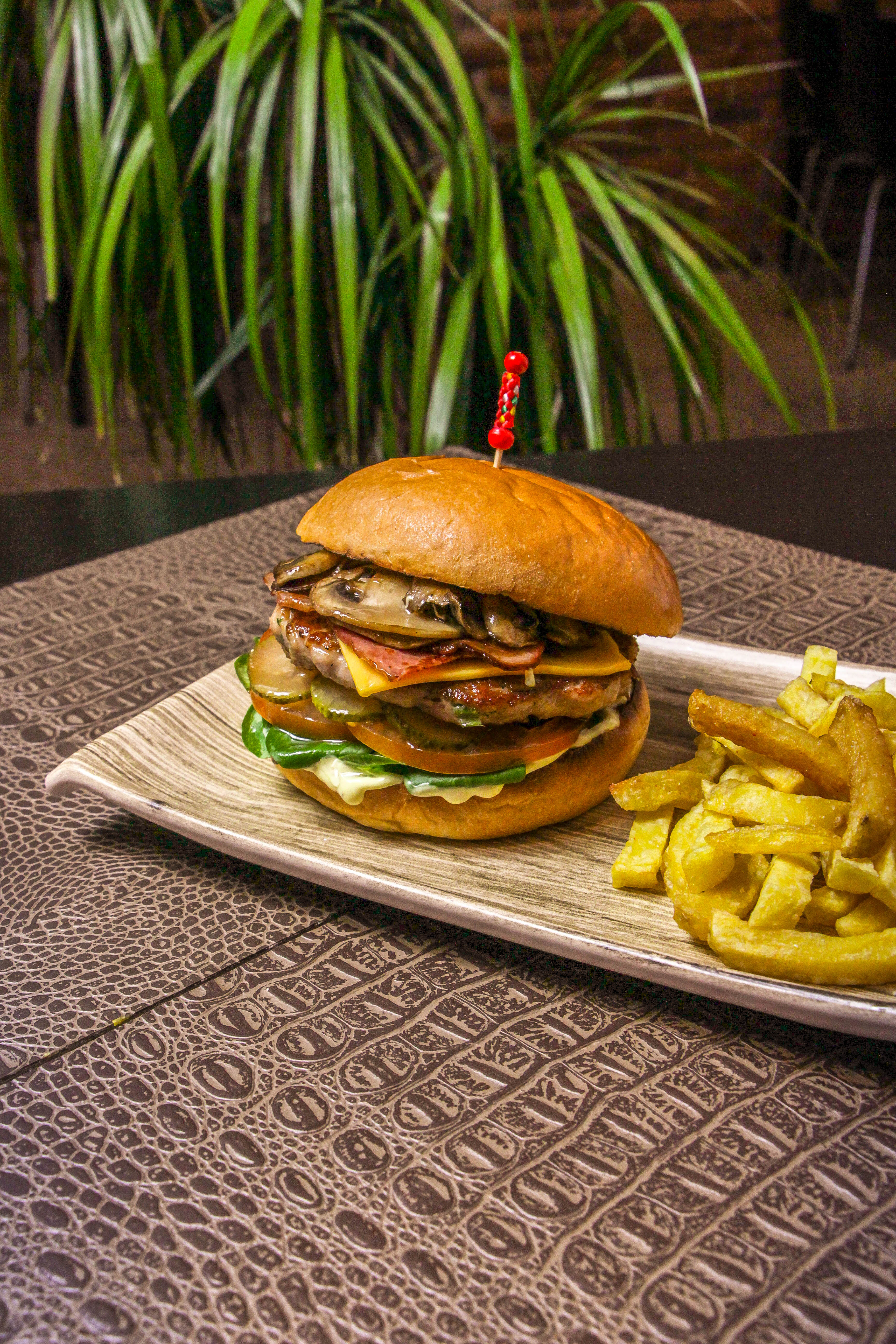 BILLABONG BURGER (COCODRILO)